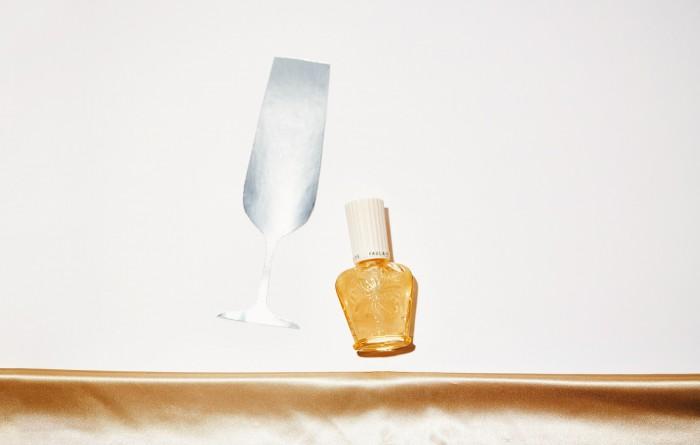 シャンパンのように輝く! ポール&ジョーの美容液プライマー、限定発売