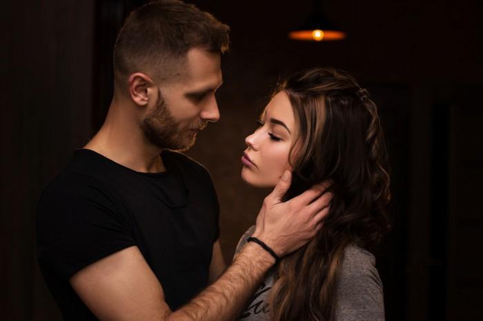 【その口臭凶暴につき…】男が「キスしたくない」と思う瞬間3選