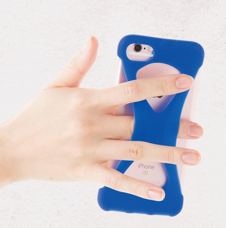 「スマホ指」「スマホ手首」のトラブル! 意外と深刻だった…