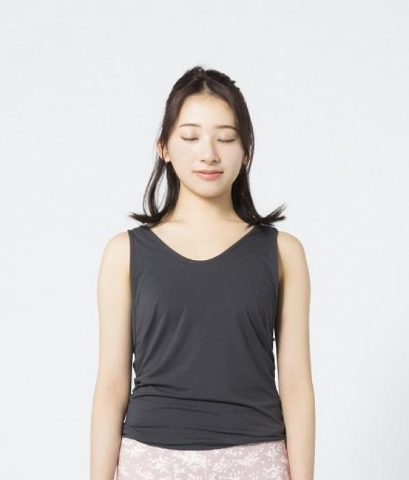 欅坂46の佐藤詩織「抜き方が少しわかった気が…」 呼吸法温活にトライ!