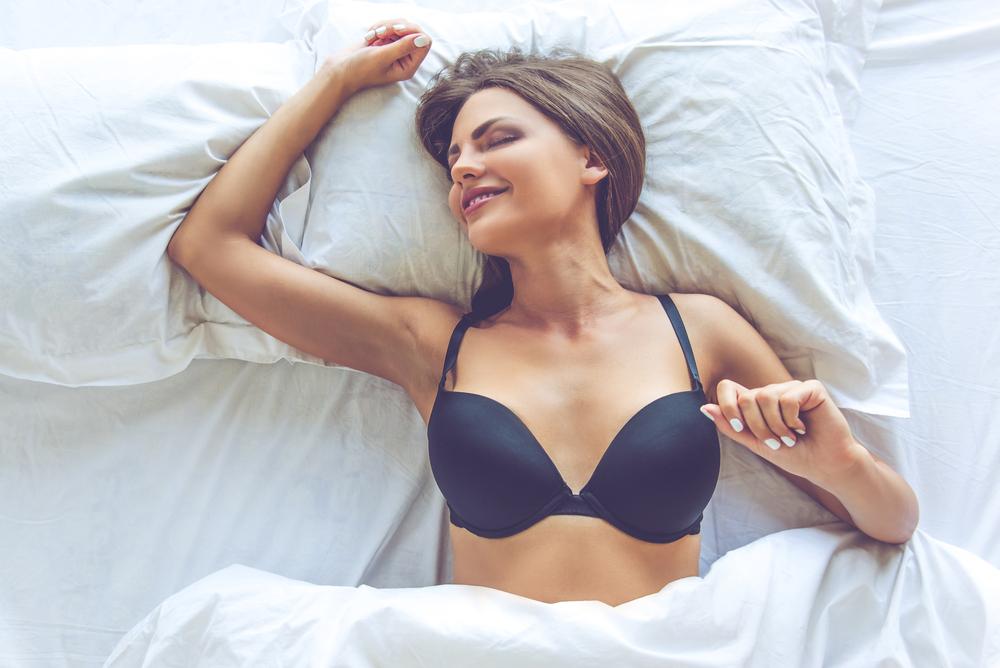 色気がないからやめて…「ベッドで男が萎える」女のボディケア3選
