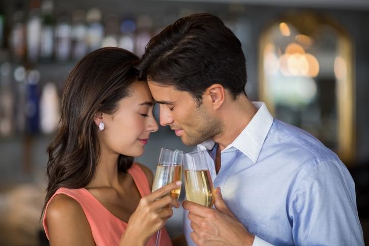 3位は紹介、同率1位は…今ドキ女子の「恋愛に発展できる出会い方」