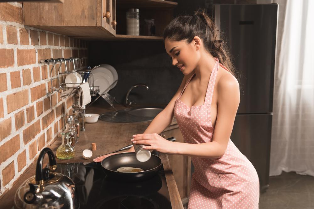 お泊りデートで振る舞いたい♡彼が元気になる「簡単スープ」レシピ