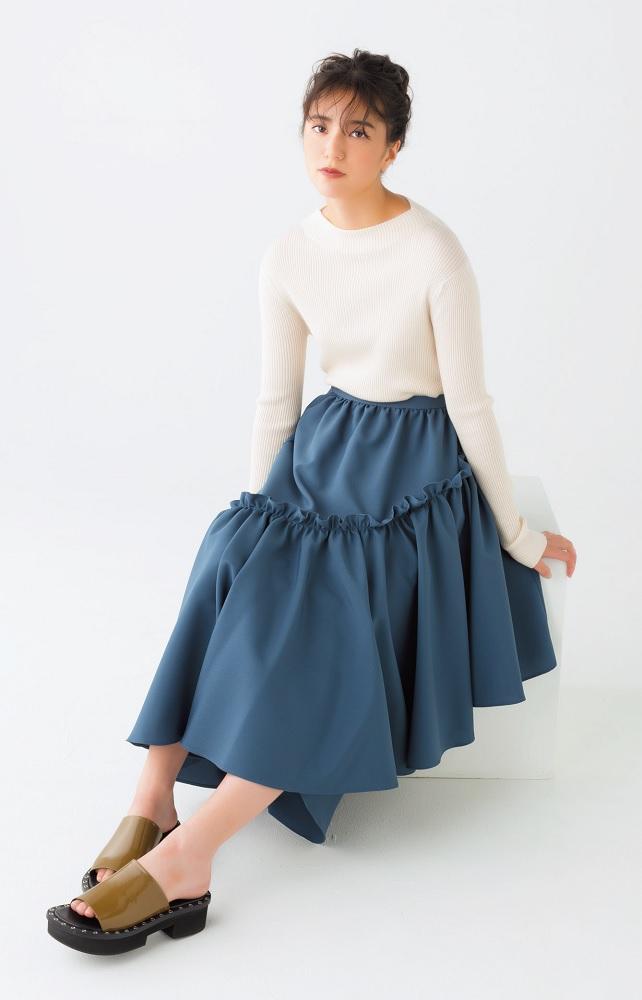 とことんフェミニン! 秋もボリューミーなスカートに注目