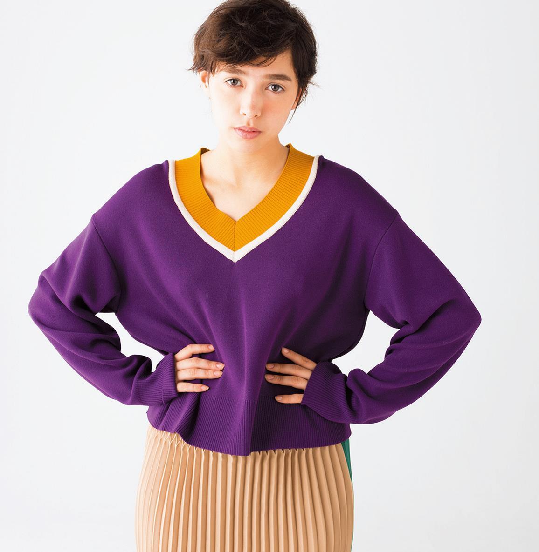 """大人女子も取り入れやすい! """"スクールガール風ニット""""4選"""