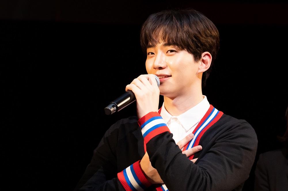 2PMのジュノが主演映画『薔薇とチューリップ』プレミアム上映イベントに登場【K-POPの沼探検】#87