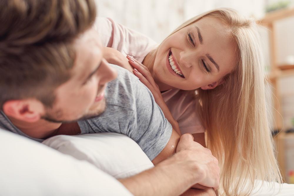 ずっと一緒にいたい…!男から「癒し系認定される」女の特徴4つ
