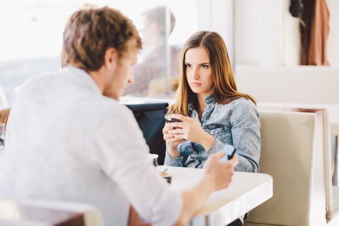 テンション激落ち…男の性欲が失せた「デート中の女の一言」3選