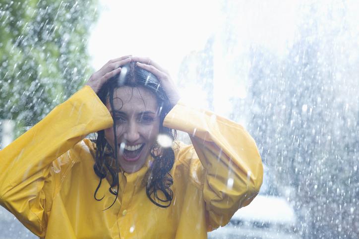 髪がライオン…雨デートで男がドン引きした「女のNG生態」