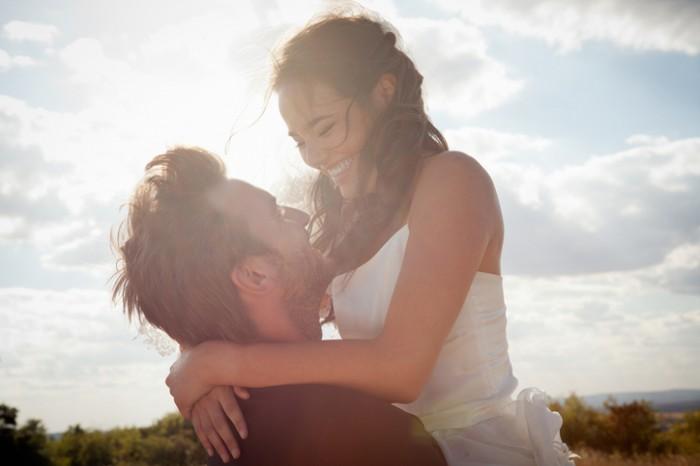 「結婚なんて考えたことがなかった」彼氏が彼女と結婚した理由
