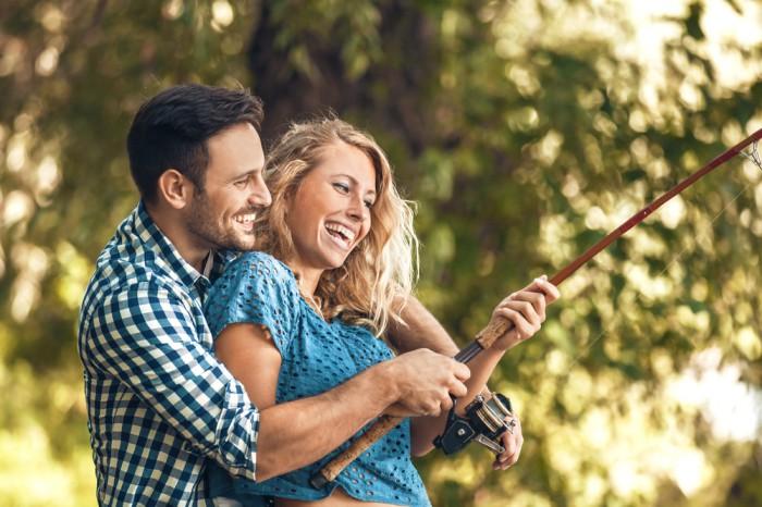 一緒にアレを…40代男性に効果的な「恋愛アプローチ」6選