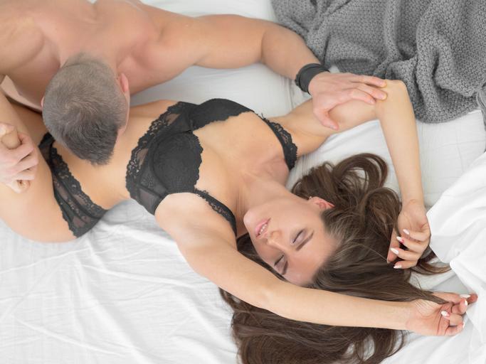 足先で…男が興奮する「脚を使ったセックステクニック」 女は心で濡れる #82