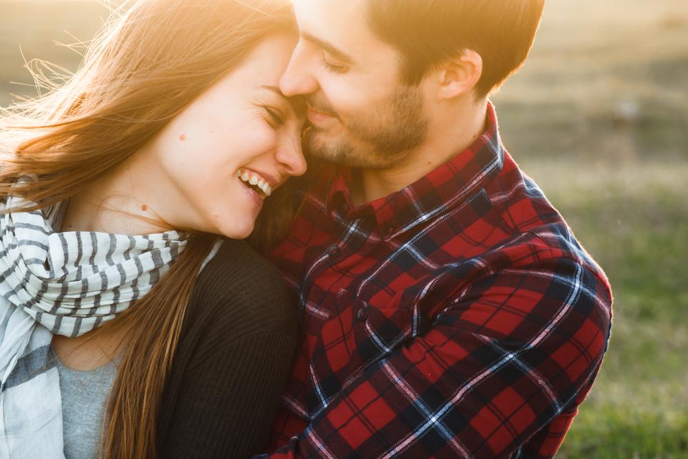 「俺から一生離れないで!」彼氏に愛され続ける彼女の特徴6つ