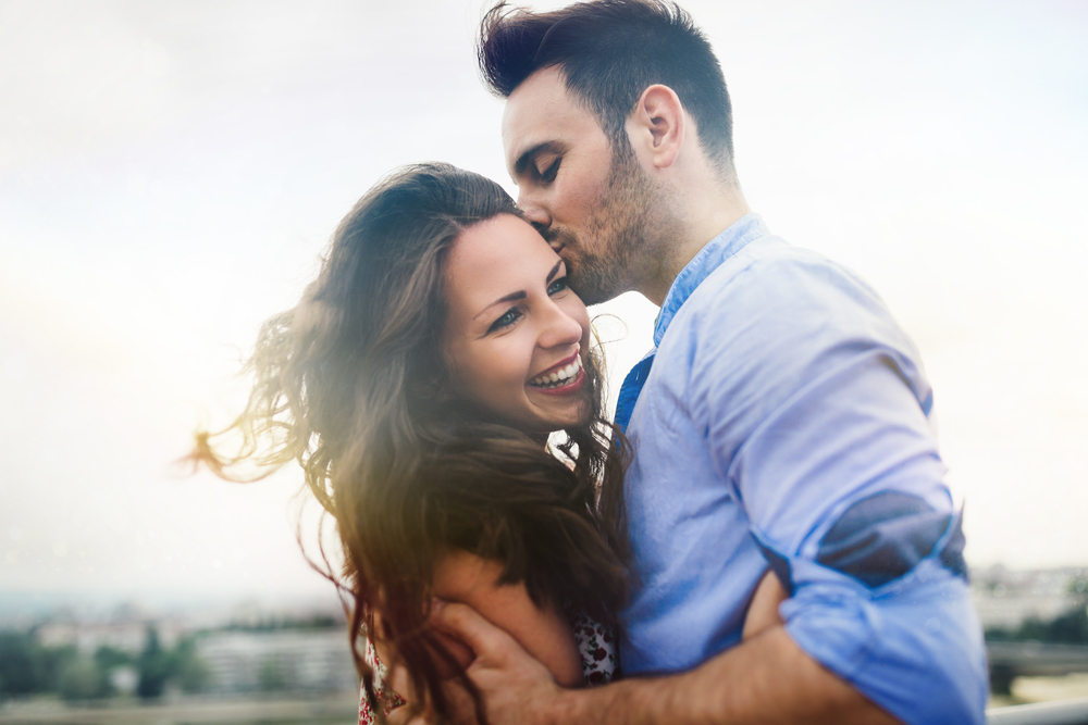最高の彼氏が欲しい!「ずっと愛してくれる男性」を見抜くポイント