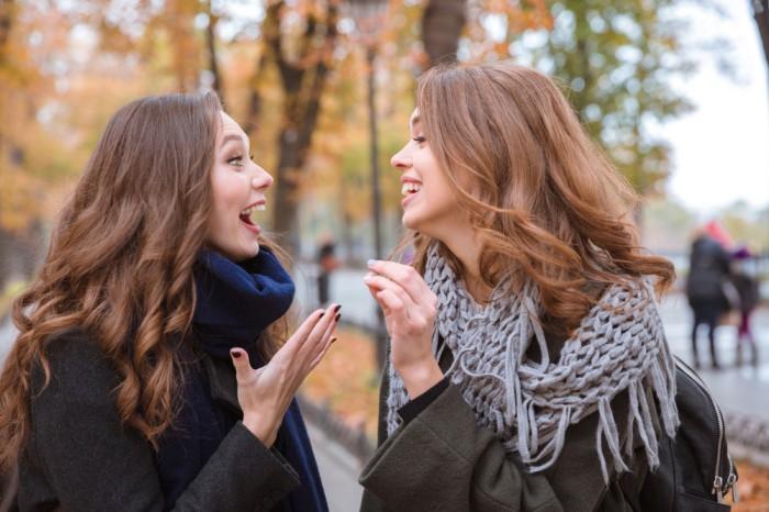 みんなから愛される♡ 「男女問わずモテる女子」の特徴3つ