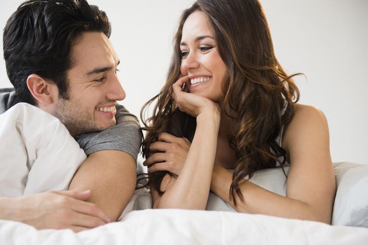ふたりで抱き合って… お泊りデートを盛り上げた「女子の言動」4つ