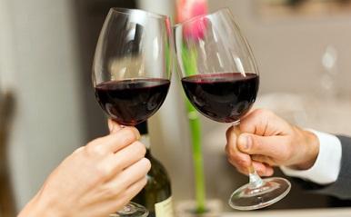 11月16日、解禁!ボージョレー・ヌーヴォーを恋の味方につける具体的な方法