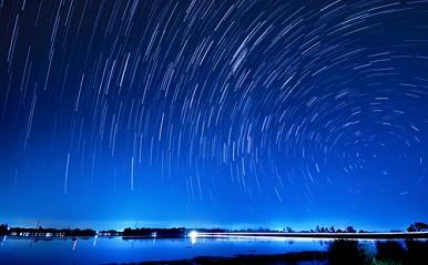 """11月18日は""""しし座流星群""""!「願い事を3回唱えると叶う」の根拠は?"""