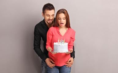 誕生日が同じ男女は特別な絆で結ばれている?著名人カップル3組の相性を占断