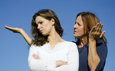「毒親育ち」の結婚観…母の過干渉で破断した女性の過去、そして今の想い