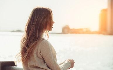「独身だからつらい」は間違い!あなたがあなたらしく幸せになる方法を話そう