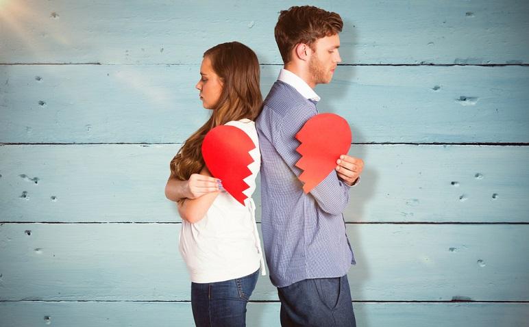 転勤、異動で彼が心変わり!? 距離が離れた恋人と破局しない秘訣を検証