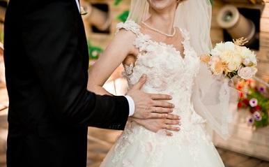 あの二人はデキ婚じゃなくても幸せだった?宿曜で占う「授かり婚カップルの相性
