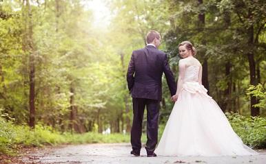 遠距離恋愛を実らせ結婚する秘訣は?連絡頻度、会う頻度、ルール…