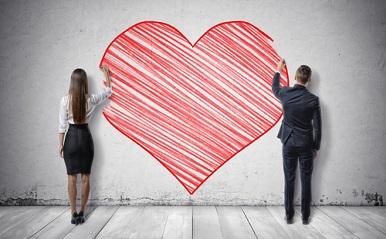 社内恋愛のきっかけ6パターン!始まりはメール、飲み会、近所のカフェ…