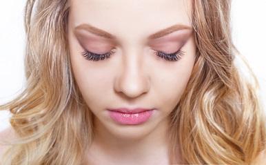 目力UP大作戦!元美容部員が教える、まつエク・まつげパーマの違いと選び方
