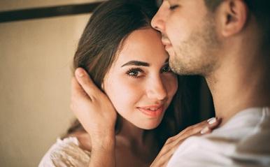彼氏の愛が重すぎる…恋愛依存する男性の特徴と困った時の対処法