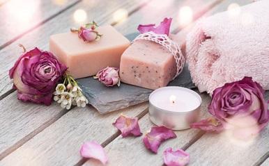 家デート、一緒にお風呂に入るならこの香り!夏の恋を盛り上げるアロマレシピ