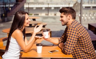 「この子いいな」男性に聞く、女友達が恋愛対象に変わった瞬間10パターン