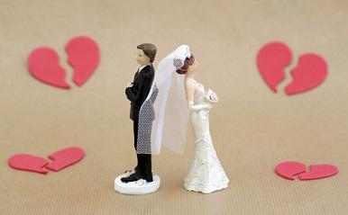 「失敗しない結婚相手」の選び方がわかる?バツイチ女子座談会