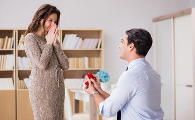 彼が自然にプロポーズしたくなる?相手の心を動かす心理学テクニック