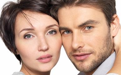 「似た者同士」は相性が良い?顔や雰囲気が似ているあの著名人カップルを占断