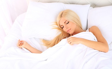長続きするカップルはよく眠っている!? 睡眠不足が結婚生活に及ぼす影響とは…