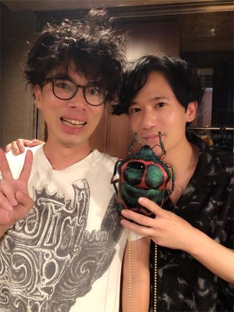稲垣吾郎「この人が大好きだ」片桐仁との2ショット公開