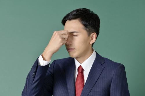 ビジネスパーソンの「目の悩み」を調査!対策法は?