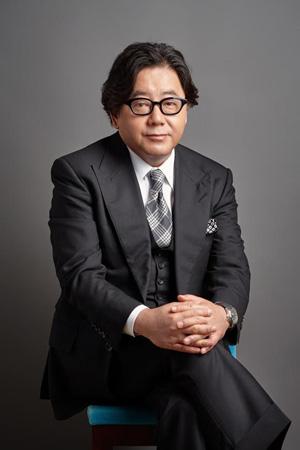 """秋元康、劇団プロデュースを発表! コンセプトは""""やってみなきゃわからない"""""""