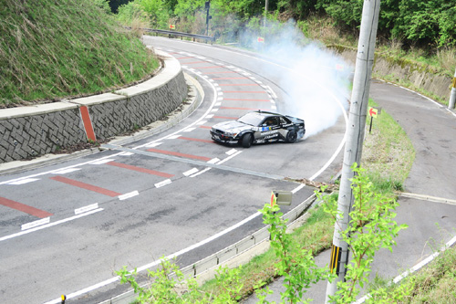 曽爾村に爆音轟く! 名車シルビアの超絶ドリフトは必見