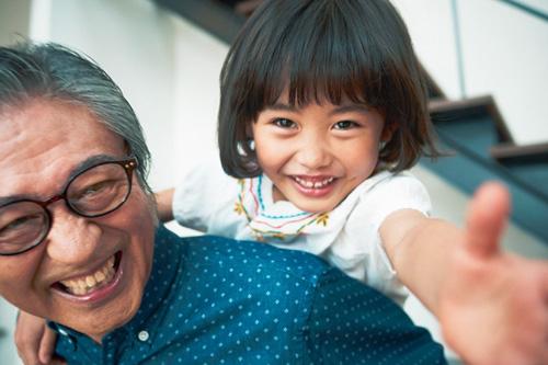 【アンケート】子どもより「孫」と旅行に行きたい声多数