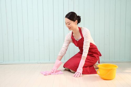【梅雨の時期】水拭きだけでは菌が増える!?