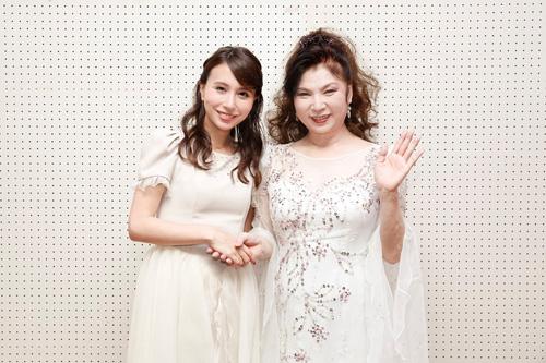 May J. 、八代亜紀のコンサートにゲスト出演!
