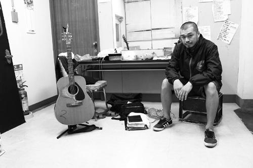 竹原ピストル、珠玉のライブ音源5曲を配信限定リリース