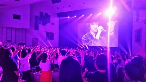 氷室京介、フィルムコンサートツアー大盛況!