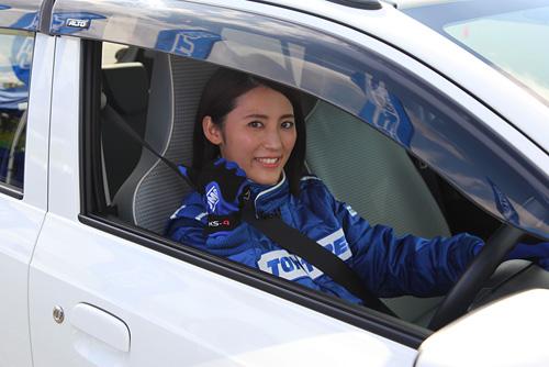 福田彩乃「タイヤの概念を覆された」未来のタイヤを試乗