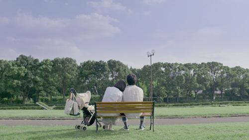 仕事や育児に疲れたパパ&ママの心を癒す動画が公開