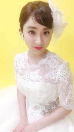 平祐奈、純白ウエディングドレス姿にファン歓喜