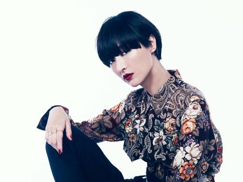 シシド・カフカ、MVで金子ノブアキと共演